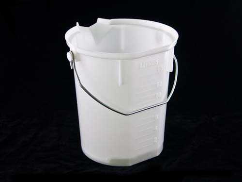 POURMAXX BUCKET W/ HANDLE 15L NAT (7076)